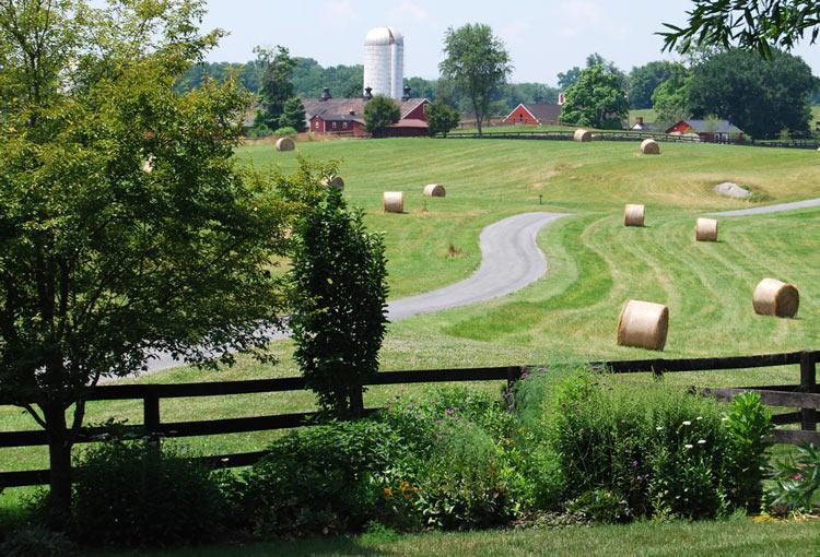 Goodstone Inn & Restaurant 36205 Snake Hill Road Middleburg, Virginia, 20117, USA