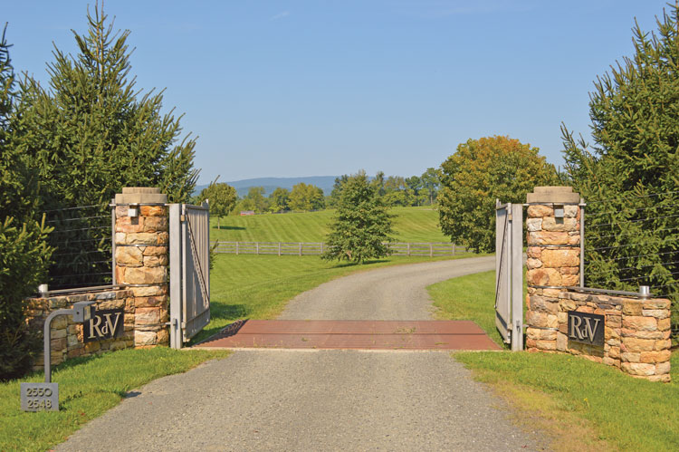 RdV Vineyards' Entrance.