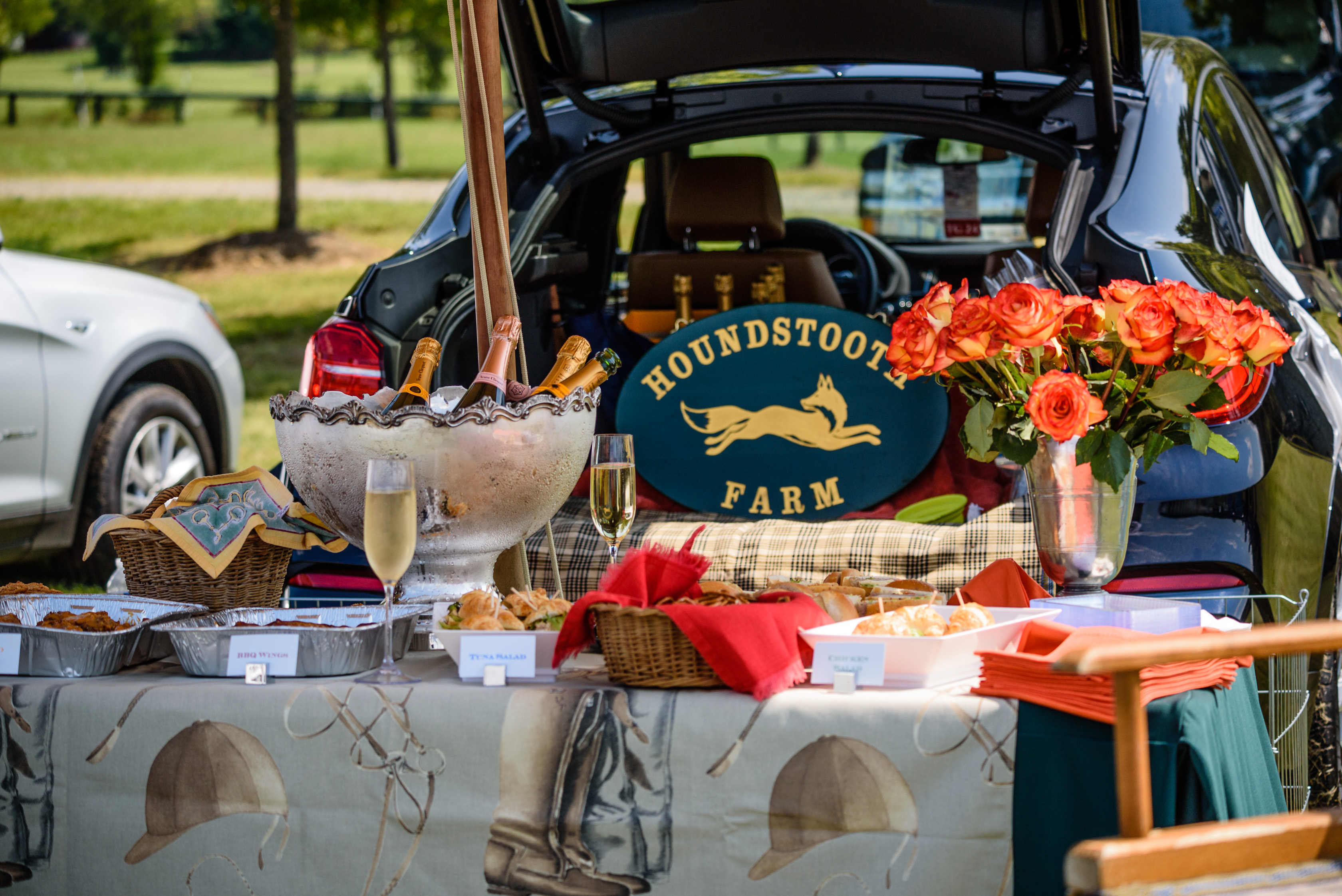 NSLM Polo Classic tailgating at its best. Photo by Middleburg Photo