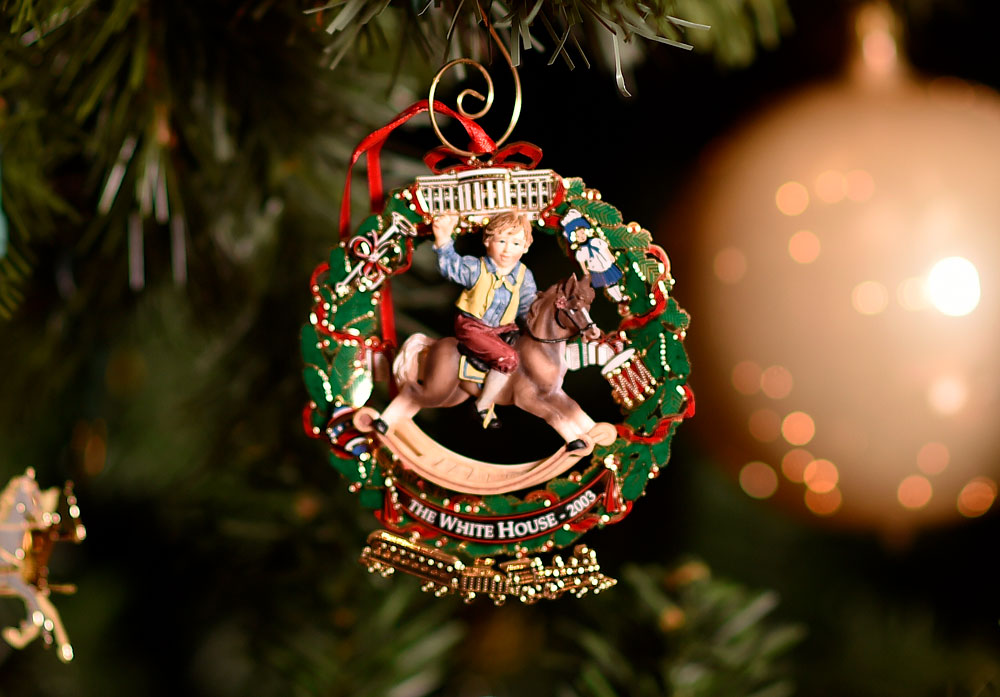 Hanging History: The Official White House Christmas ...