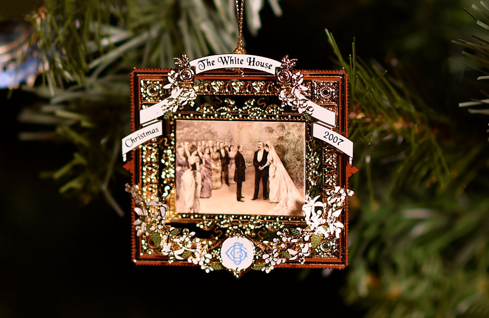 White House Christmas Ornament.Hanging History The Official White House Christmas